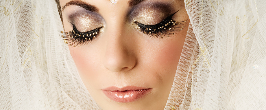 Bollywood inspired Bridal make-up by Tina Brocklebank.  Photography by Tracy Conway Smith