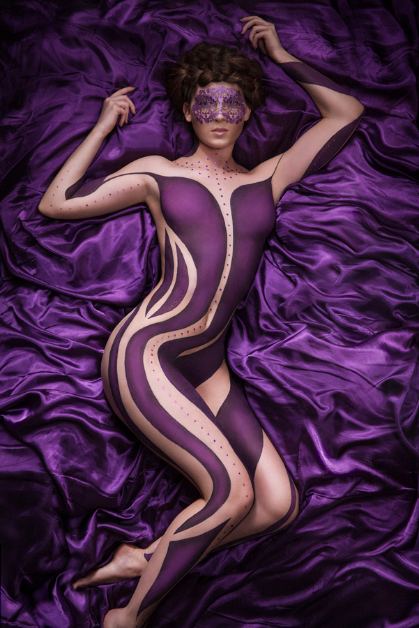 Low purple - body painting