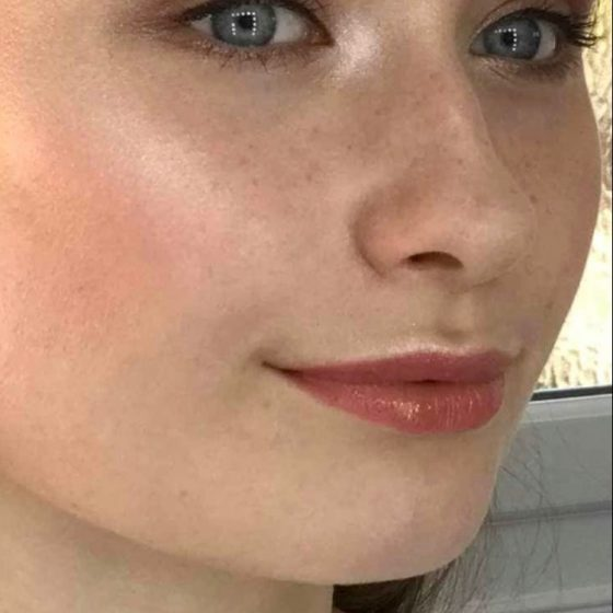 Natural, glowy, feathery brows and freckles