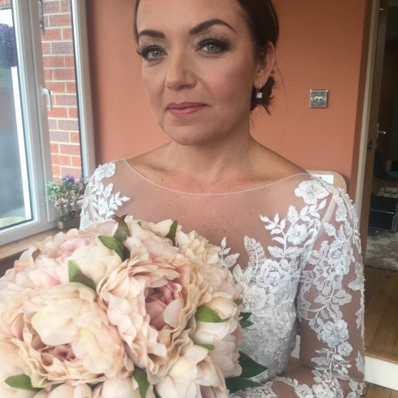 Beautiful Bride Michelle on her wedding morning. Michelle has gorgeous big eyes so of course we played up that feature. Beautiful sparkle was used from Stila cosmetics and the rest was Bobbi Brown, Makeup Forever and Charlotte Tilbury.