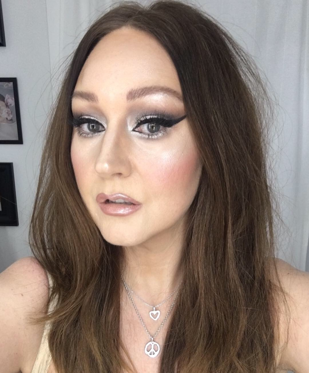 Kevyn Aucoin inspired make-up.